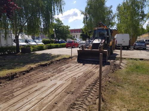 Parkoló és út építés